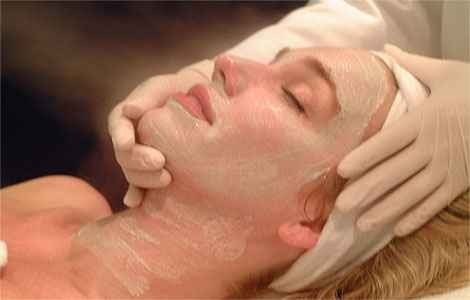 Как бороться с жирной кожей лица