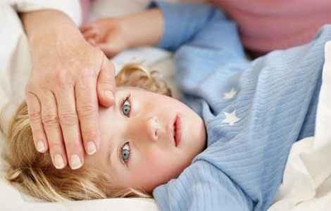 Лихорадка у ребенка, как сбить