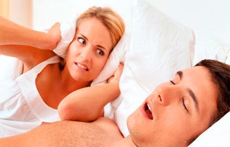 От чего человек храпит во сне