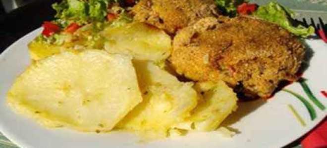 Как готовить рыбные котлеты с картофелем